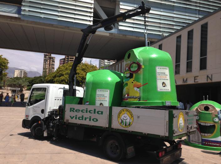 contenedores verdes vinilados ecovidrio