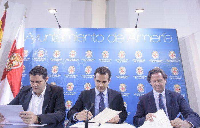 Almería recicla vidrio firma acuerdo
