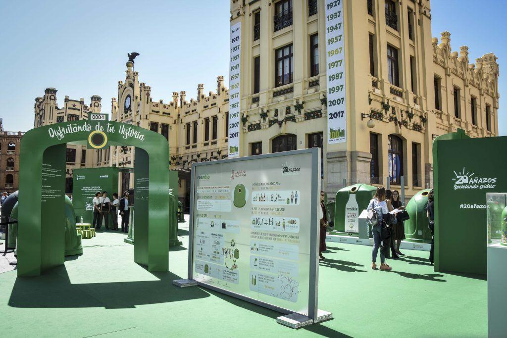contenedor-verde-de-reciclaje-ECOVIDRIO