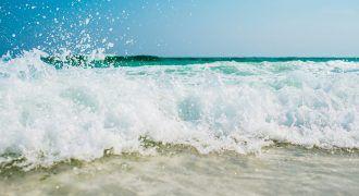 foto de la espuma del mar