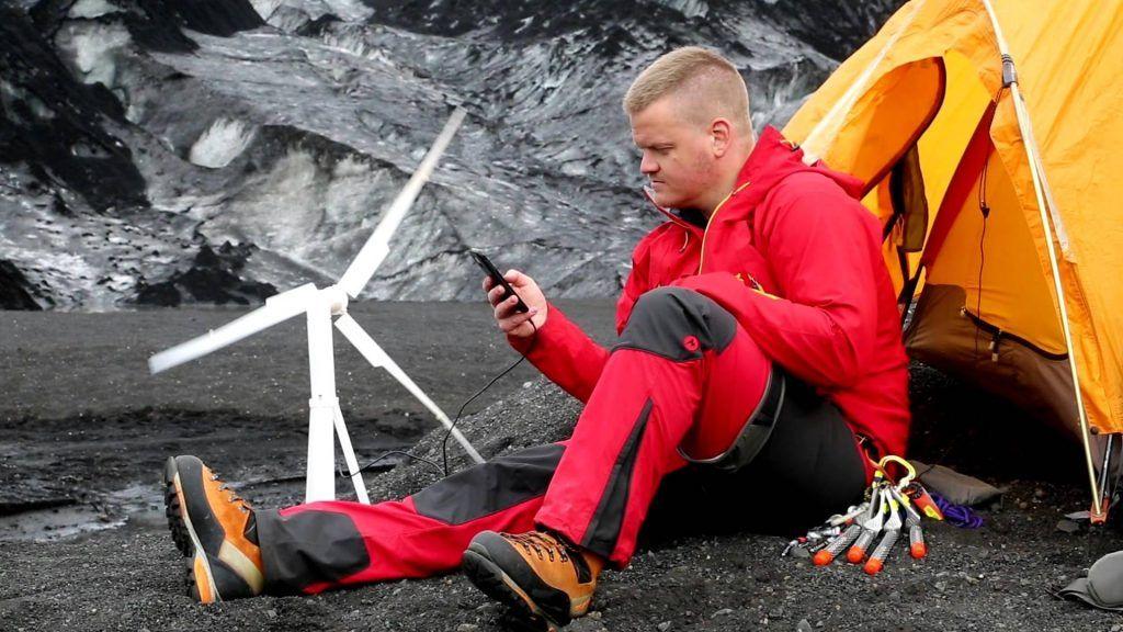 Inventos-innovadores-de-energia-renovable-Turbina-eolica-ECOVIDRIO