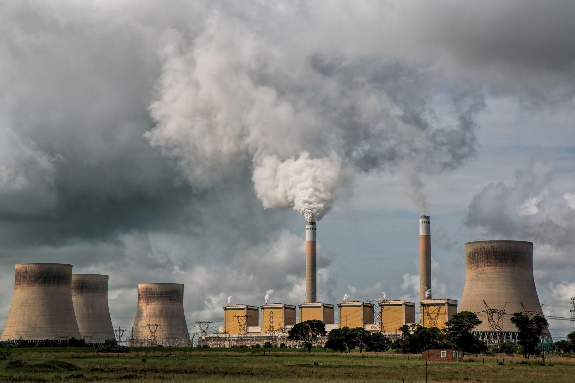 Terminologia-del-cambio-climatico-Central-electrica-ECOVIDRIO