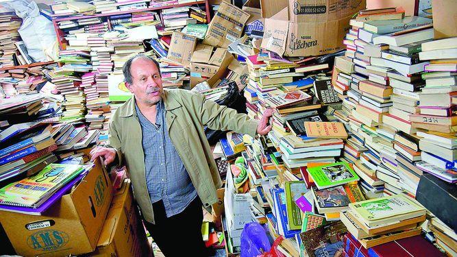 mejorar-el-planeta-libros-en-la-basura-Jose-Alberto-Gutierrez-ECOVIDRIO