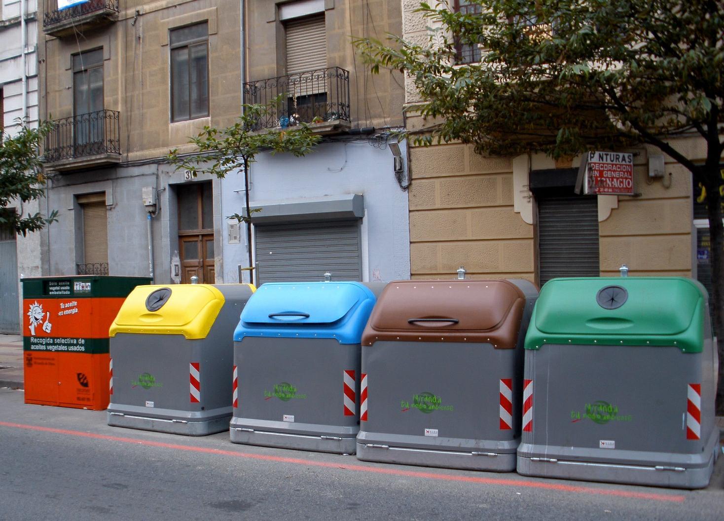 Reciclar residuos orgánicos - el quinto contenedor