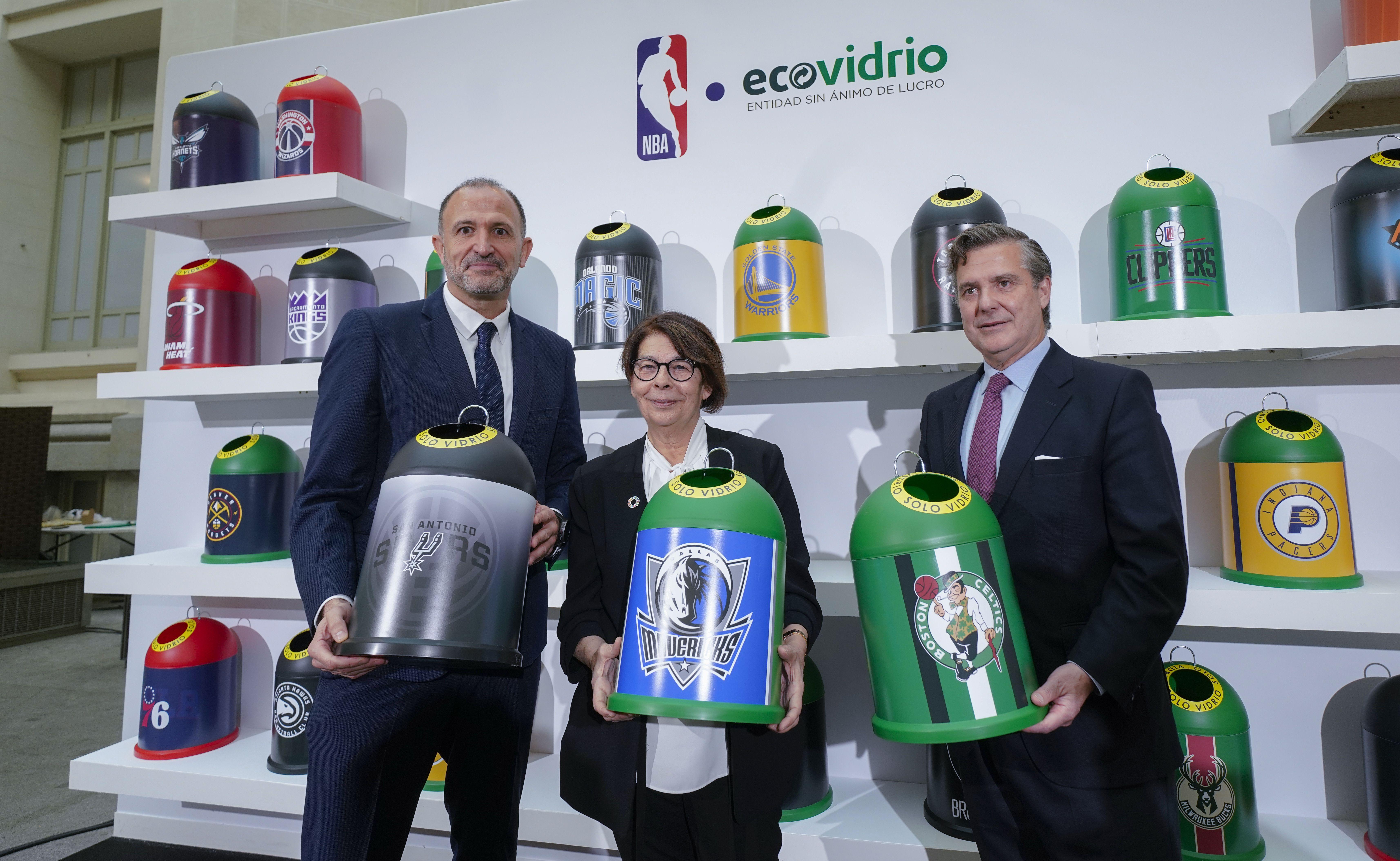 baloncesto ecologico y campaña de concienciación - representantes NBA y Ecovidrio