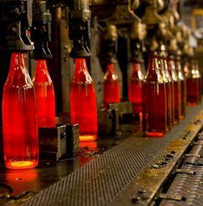 Proceso de fabricación de botellas de vidrio