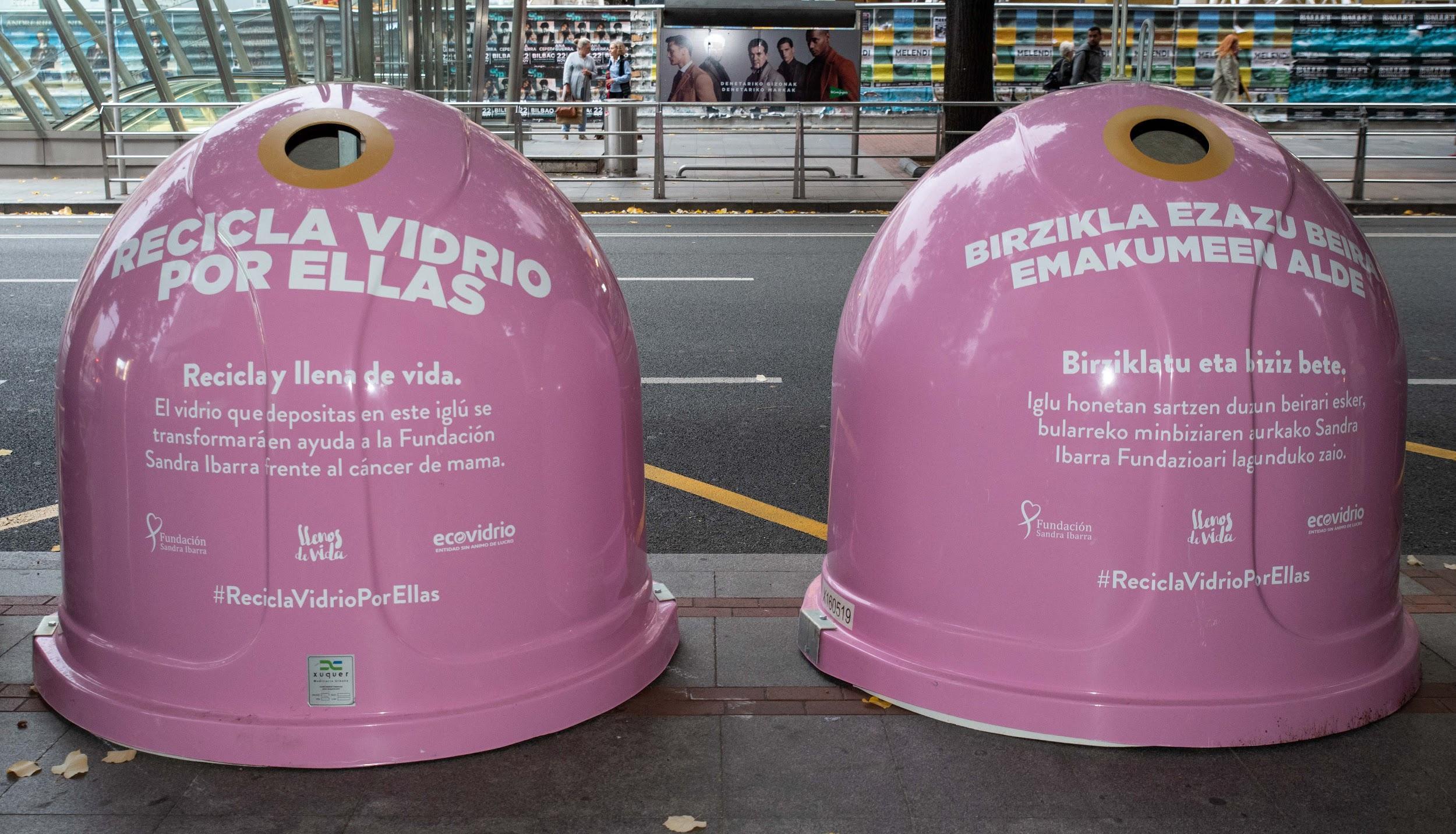 reciclaje solidario - campaña recicla vidrio por ellas - contenedores rosa