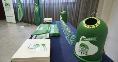 entrega de trofeos y banderas verdes