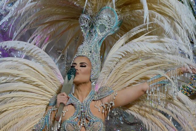 Entrega del cetro a la Reina del Carnaval de Las Palmas, Minerva Hernández