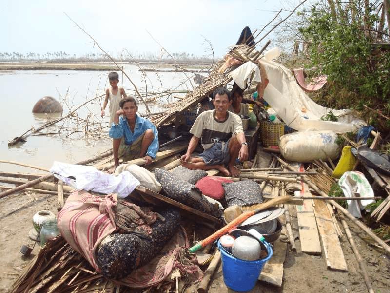 supervivientes al ciclon nargis