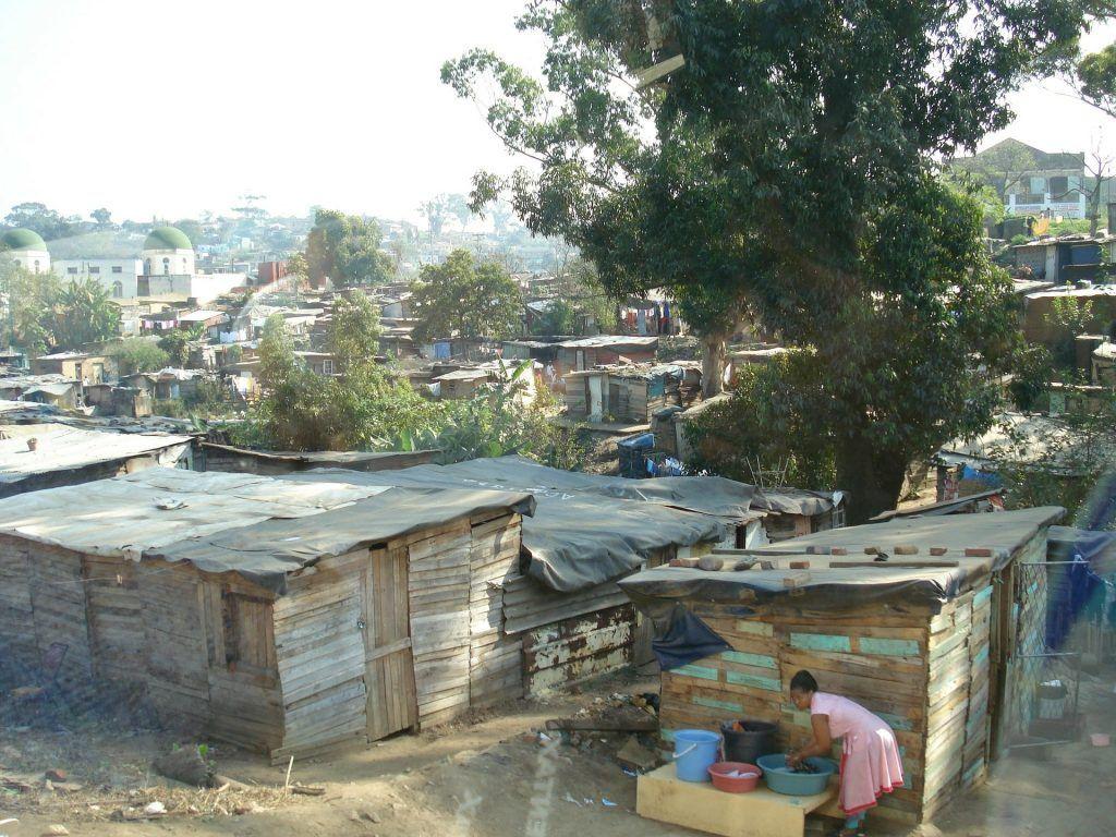 barrio de chabolas o slums