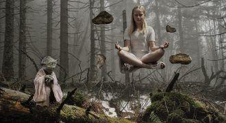 Yoda Ayudando a meditar en el medio ambiente
