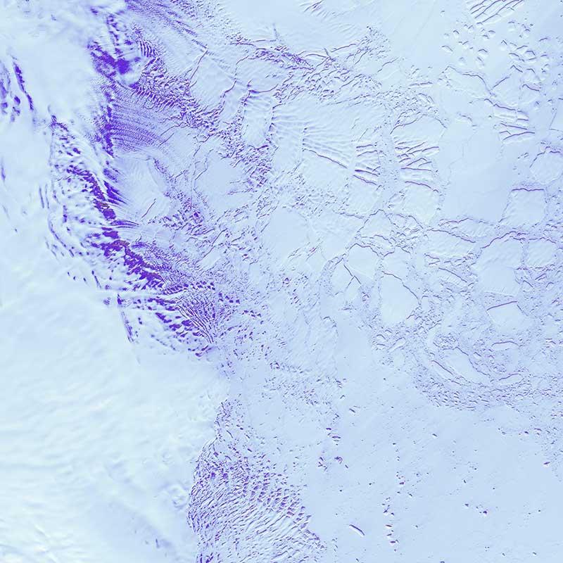 imagen del glaciar robinson afectado por la contaminación en la antártida