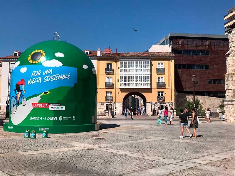 contenedor de reciclaje gigante Ecovidrio en Burgos
